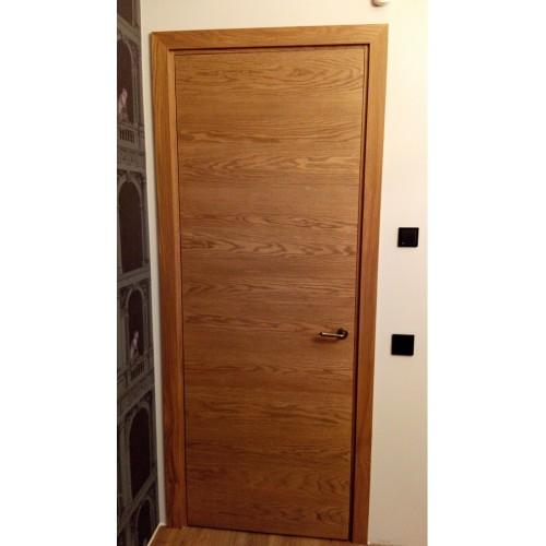 Faneruotos ąžuolo lukštu vidaus durys