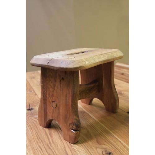 Ąžuolinė kėdutė